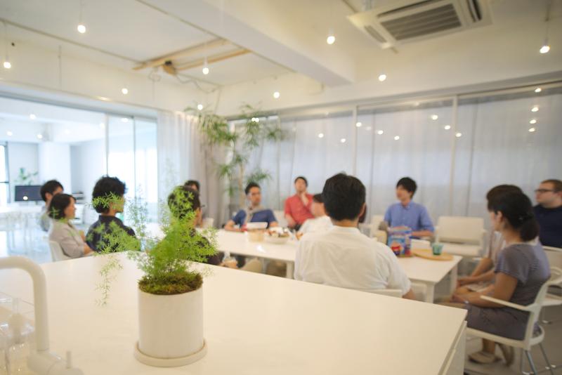 takram-meetingroom