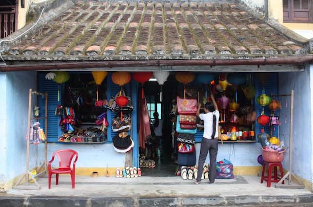 2ベトナムの商店